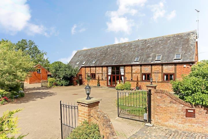 Manor Barn Self Catering Lodges Guidebook