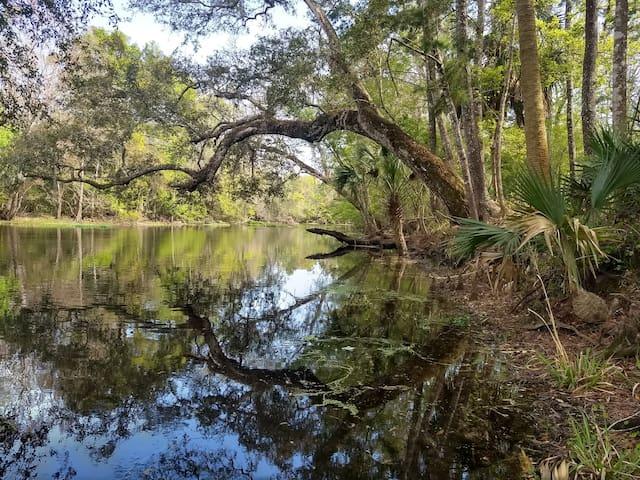 Rustic River Retreat Guidebook