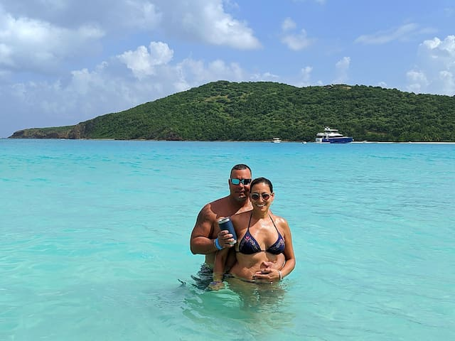Miguel & Melanie's Guidebook  to the beautiful Beaches in Puerto Rico!