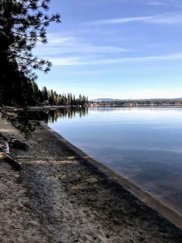 Tranquil Waters Condo Area Guidebook