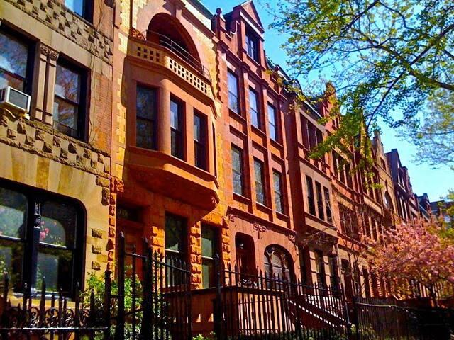Hamilton Heights: Eat, Drink, Stroll