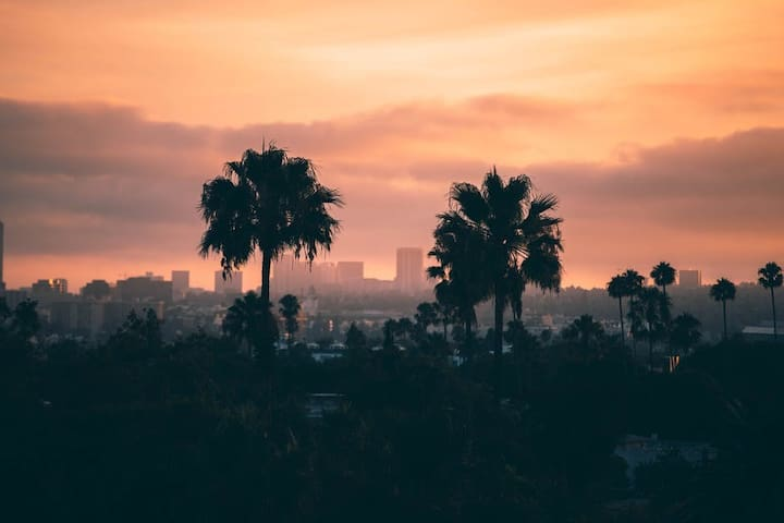 Los Angeles Guidebook