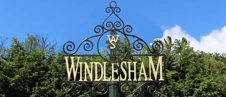 Paul's guidebook to Windlesham & surrounding area