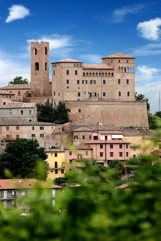 Guidebook for Longiano