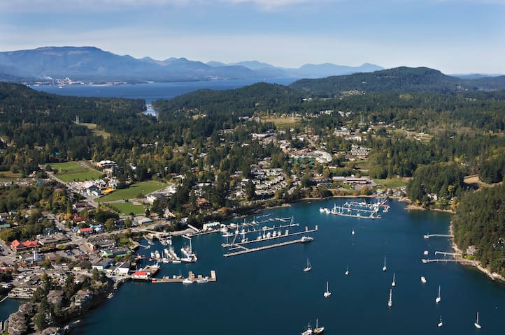 Mark's Guidebook on Things To Do on Salt Spring Island