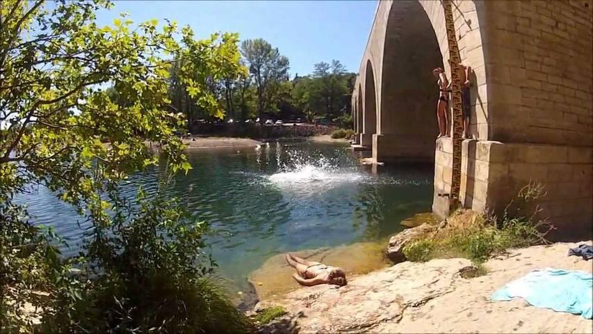 Guide aux frontières du Gard et de l'Ardèche