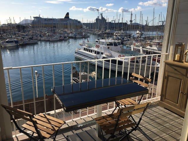 """Guide Appartement """"Marina du Port de Toulon"""""""
