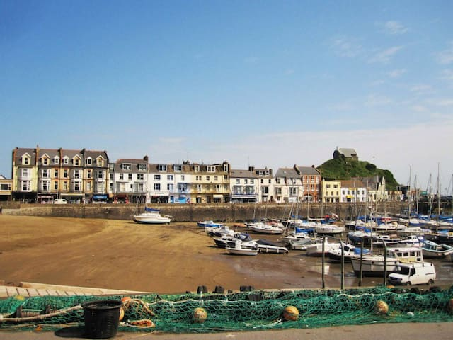 Ilfracombe  guidebook