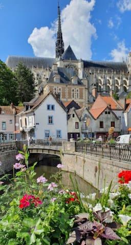 Emblematic places  Lieux emblématiques Noyon