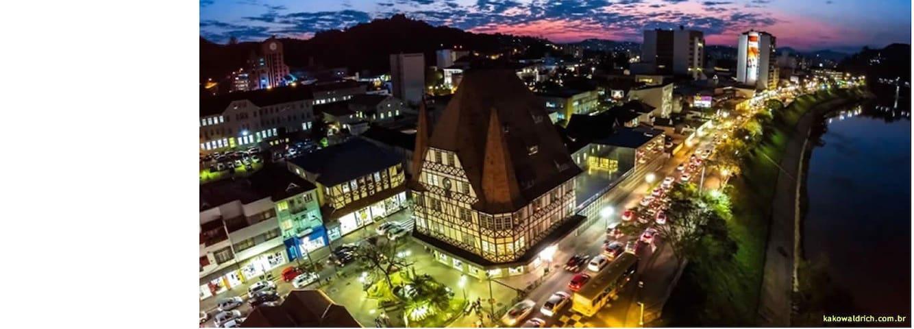 Guia locais turísticos Blumenau