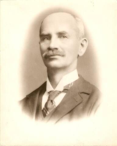 Herménégilde Boulay, Chef de gare, Maire, Député et beaucoup d'histoires