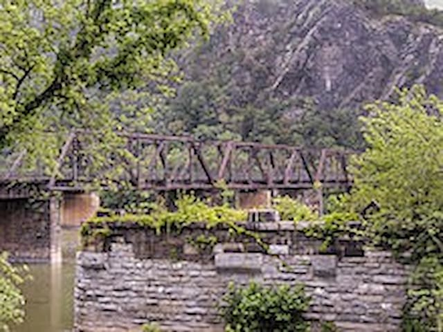 Cheri's guidebook for Harpers Ferry and surroundings.