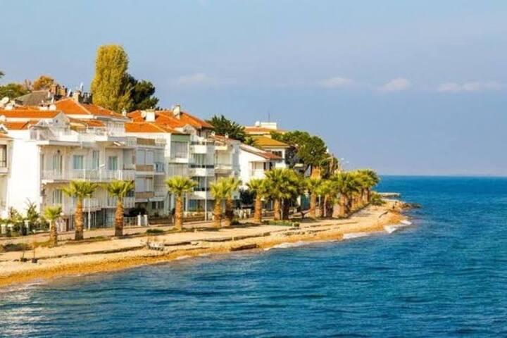 Kınalı Ada