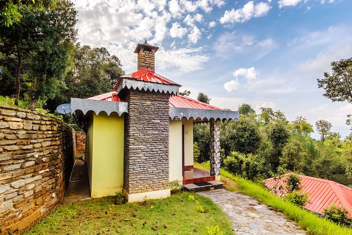 Himalaya Darshan Resort, Kausani