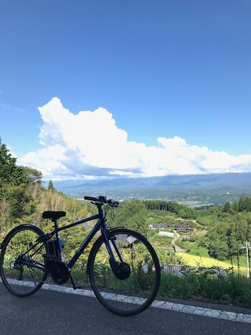 空飛ぶサイクリングを楽しむ自転車の聖地「飯田市」