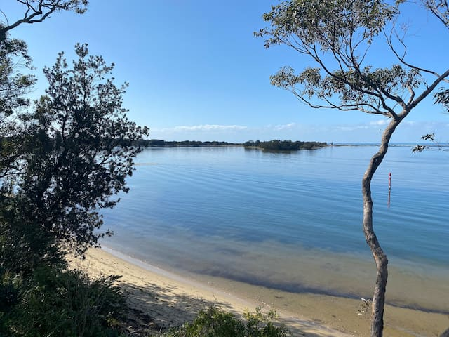 Things to do in and around Shoalhaven Heads &  Places to eat