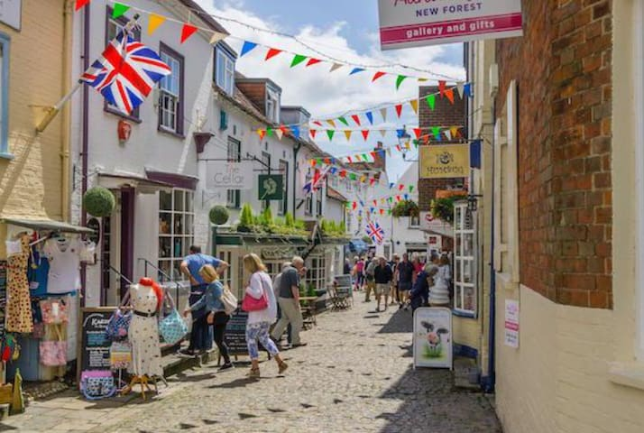 Guidebook for Lymington, Hampshire