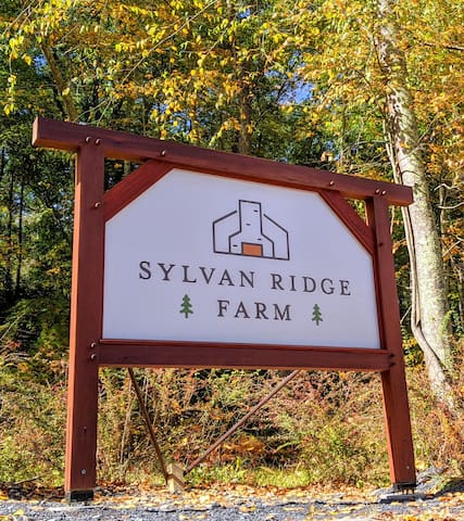 Sylvan Ridge Farm & Surroundings