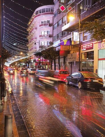 Living in Hamra