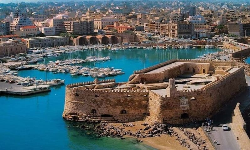 The best places in Heraklion
