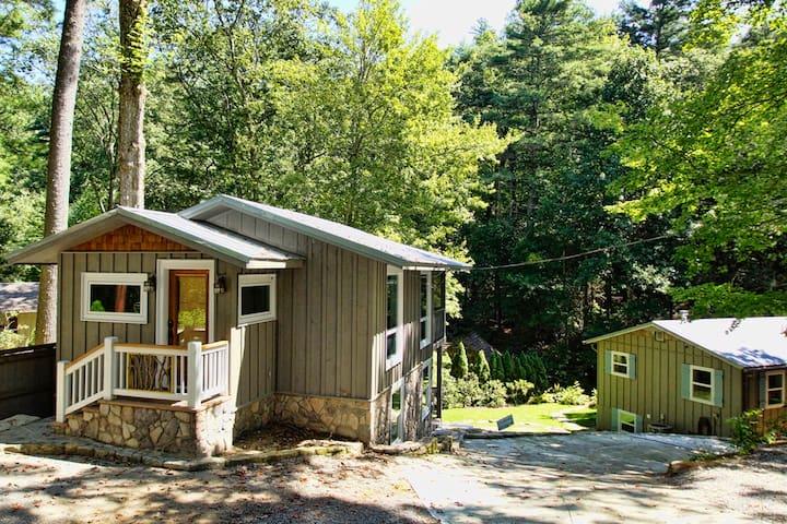 Creekside Cottages  Guidebook