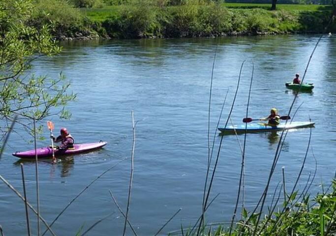 Bootsfahren im Umfeld