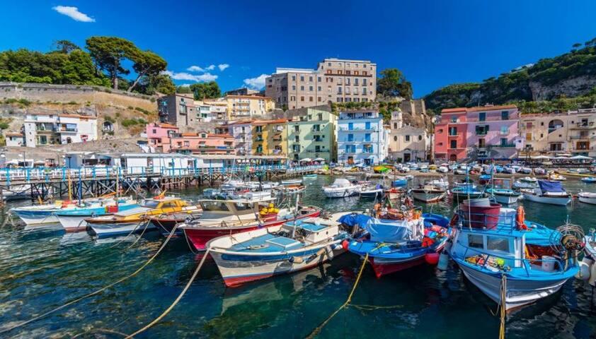Our Guidebook - Exploring Sorrento