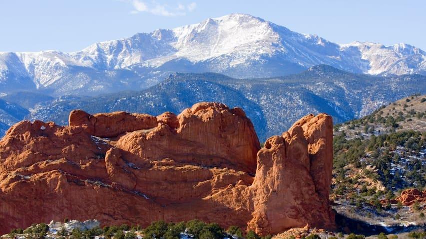 Josh's Colorado Springs Guidebook