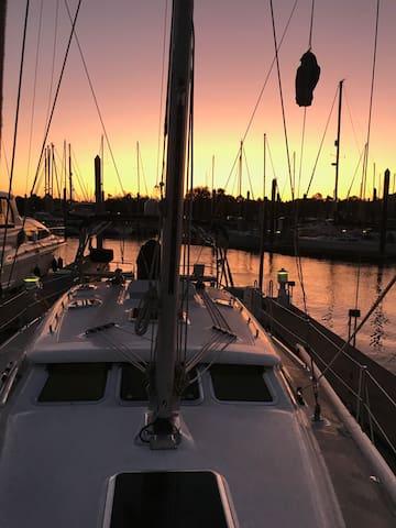 IndecentSea Yacht Guidebook