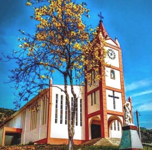 Guia Quinta Linda   Gonçalves & Distrito dos Costas