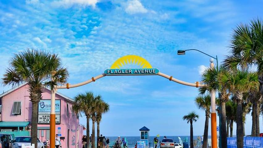 Good Eats and drinks in New Smyrna Beach