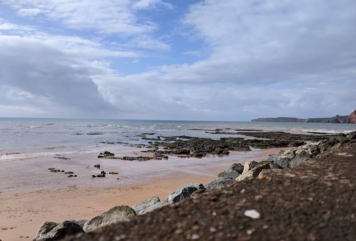 James & Sharon's guidebook of things to do In Sidmouth & Surrounding areas