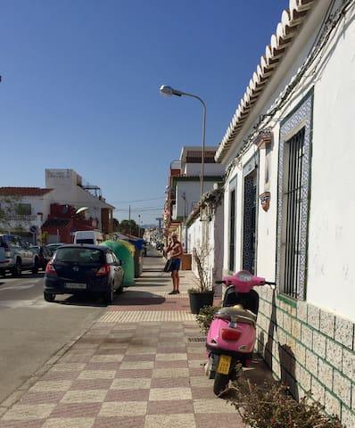 Guidebook for Caleta de Vélez