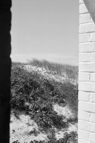 Laura's Nantucket Guidebook - The Summer