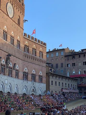 Guidebook for Siena