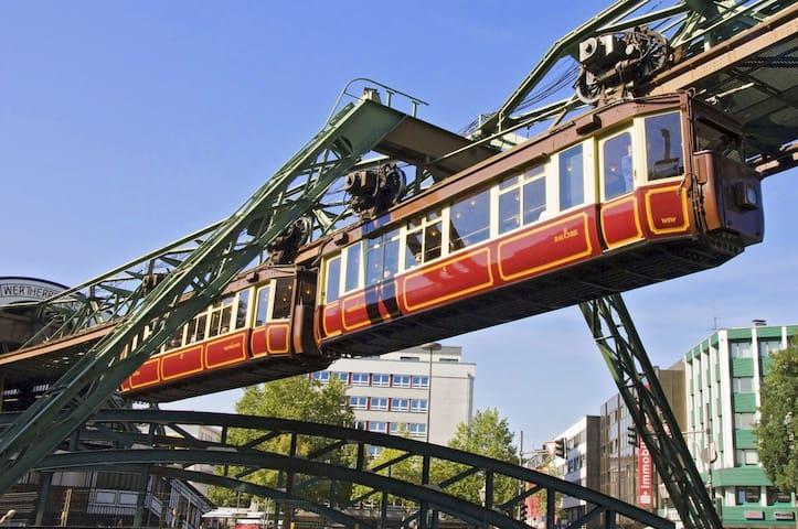 Wuppertal und das Bergische Land