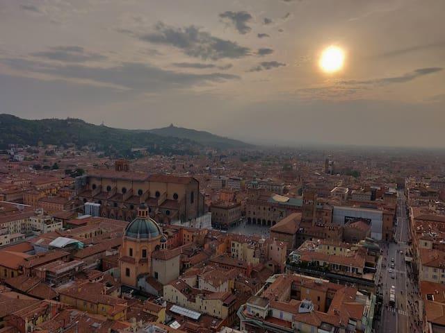 Filippo's Guide to Bologna