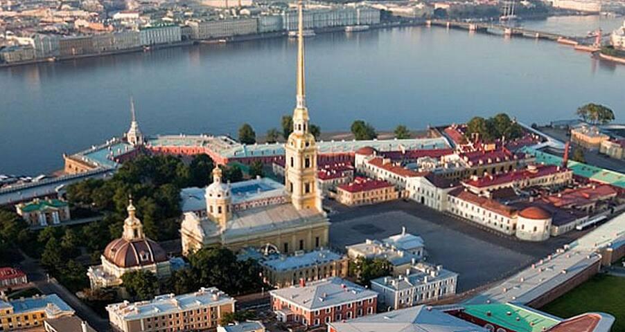 Топ кафе и ресторанов на Петроградке!