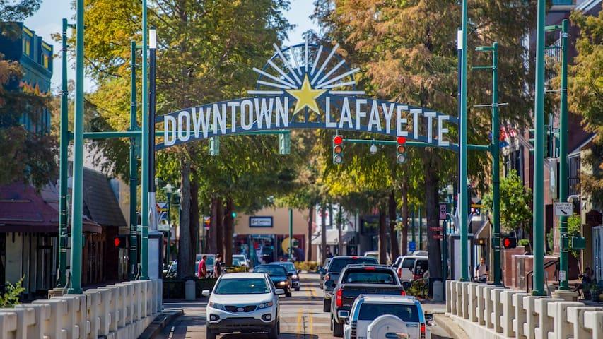 Lafayette's Guide