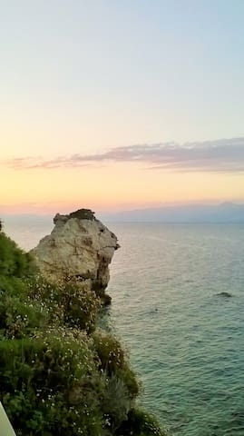 Travel Guide Maria's Βalasopoulou