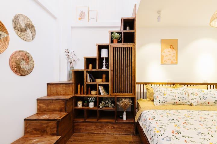 [NEW Meraki House 2020] Steps to Hoan Kiem Lake !