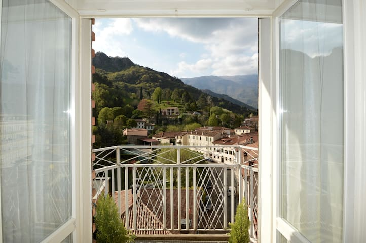 The window on Prosecco Hills - Vittorio Veneto - Apartment