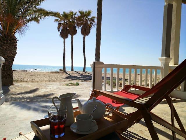Casa a primera linea de playa