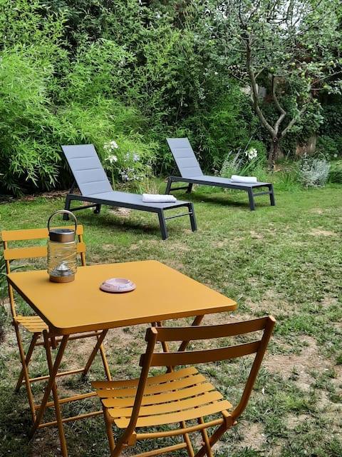Maisonnette de charme avec son jardin indépendant