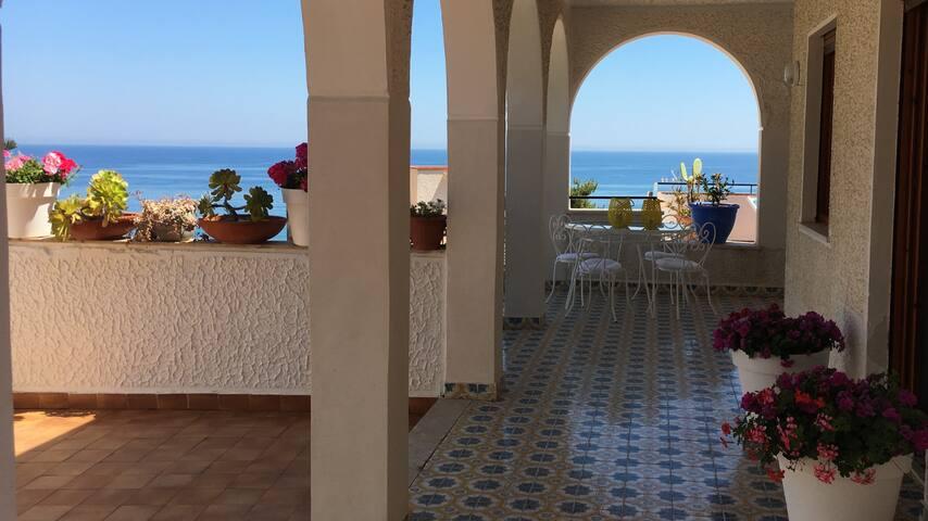 Vintage Mediterraneo - Altavilla Milicia - Villa