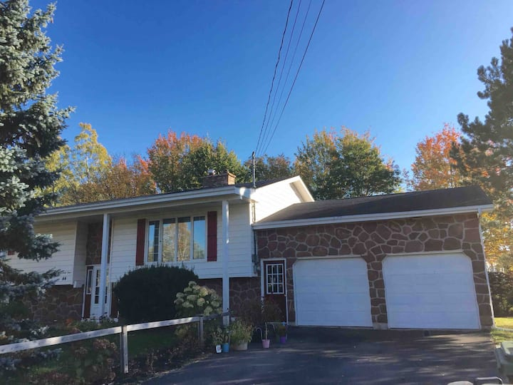 Charlottetown Beach Grove Private Two Bedroom Home