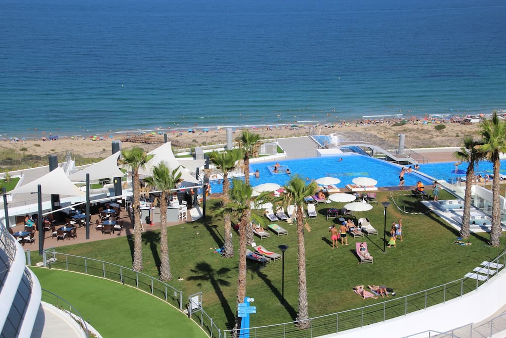Infinity view penthouse beachside luxurius condo 39 s te for Comunidad del sol