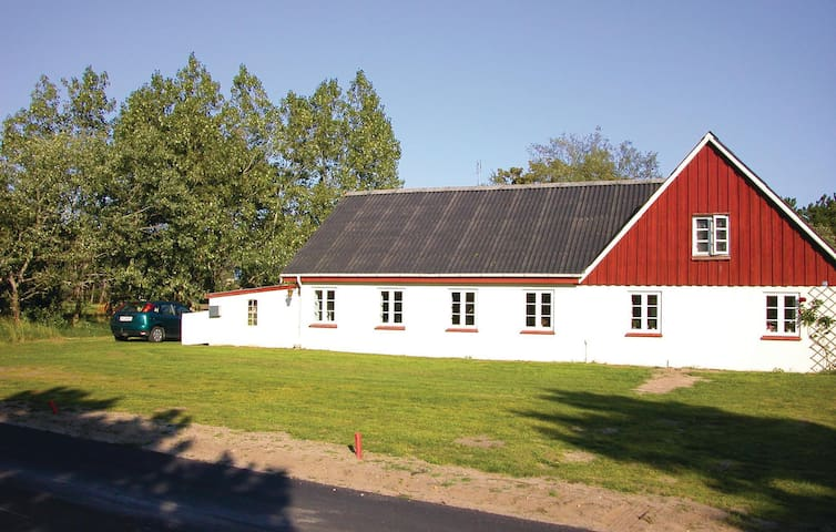 Holiday apartment with 2 bedrooms on 76m² in Rømø