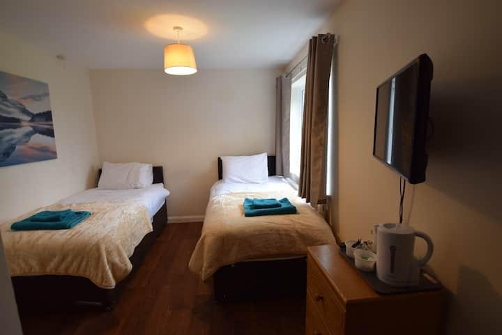 **The Watling Inn** Deluxe Double room**Nuneaton