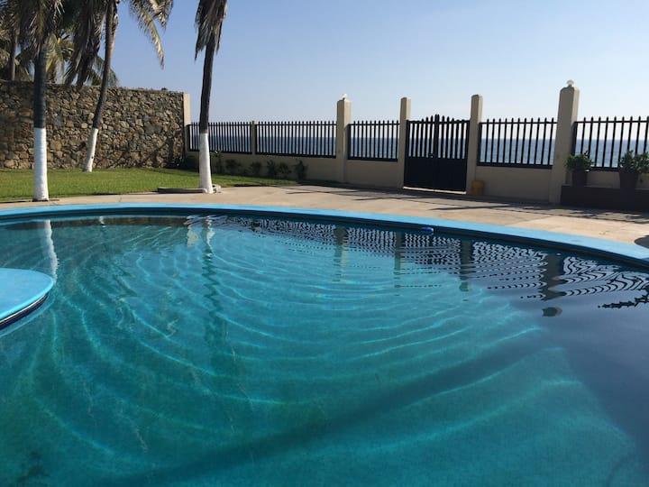 Villas del Mar Pie de la Cuesta, Acapulco.